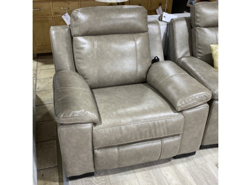 Hughie Doyle Furniture ¦ Gorey ¦ 1039m 1 Seater Brown