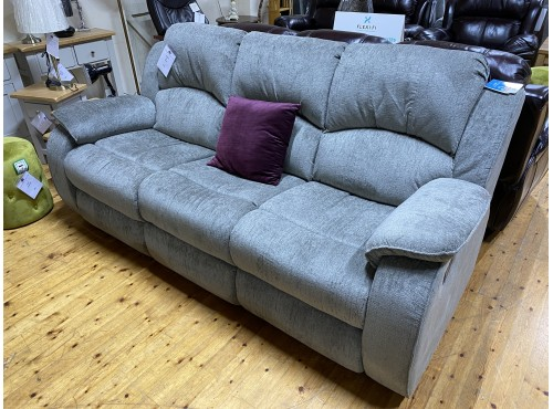 Hughie Doyle Furniture ¦ Gorey ¦ UM505 3 Seater