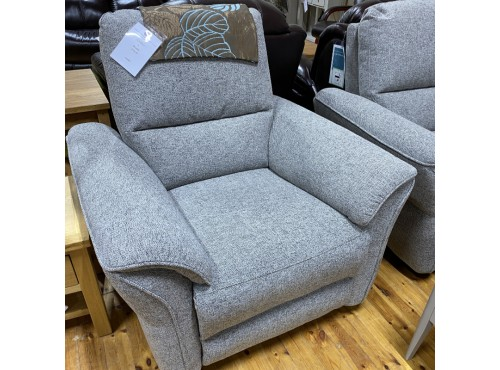 Hughie Doyle Furniture ¦ Gorey ¦ 50035 1 Seater